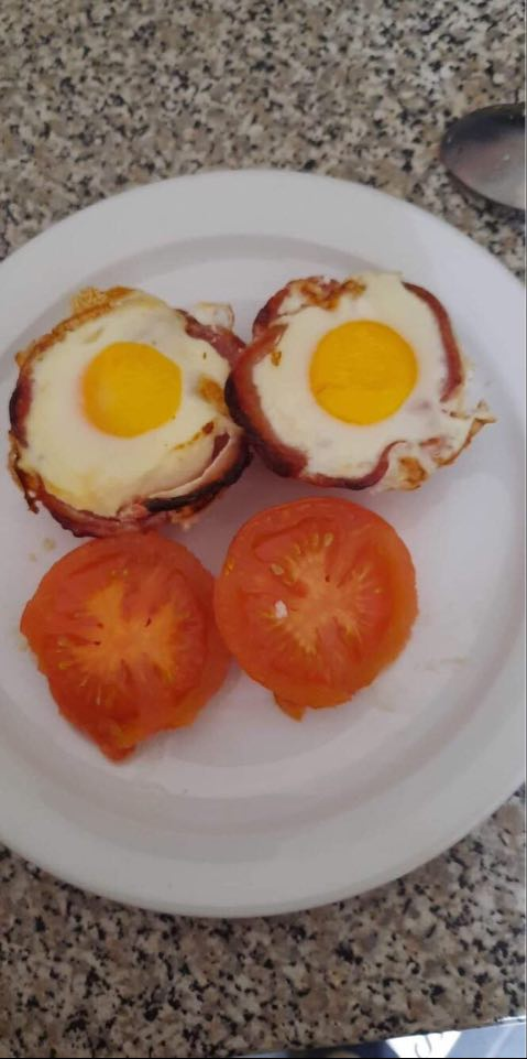 Egg in Bacon Cups